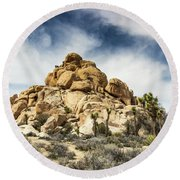 Dome Rock - Joshua Tree National Park Round Beach Towel