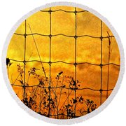 Don't Fence Me In  Round Beach Towel