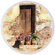 Door With Flowers Round Beach Towel