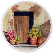 Door With Pots Round Beach Towel