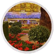 Dorchester Hotel London At Christmas Round Beach Towel