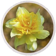 Double Headed Daffodil Round Beach Towel