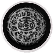 Doulble Stuff Oreo In Black And White Round Beach Towel