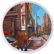 Downtown Montreal Streetscene At La Senza Round Beach Towel