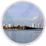 Downtown Tampa With Cruise Ship Round Beach Towel