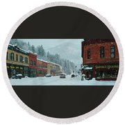 Downtown Wallace In Winter 2017 Round Beach Towel