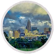 Dramatic Sky With Clouds Over Charlotte Skyline Round Beach Towel