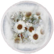 Dream Of Marguerite Round Beach Towel