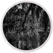 Drippin With Spanish Moss At Middleton Place Round Beach Towel