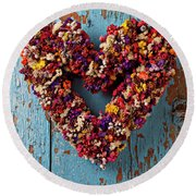 Dry Flower Wreath On Blue Door Round Beach Towel