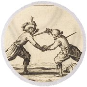 Duel With Swords Round Beach Towel