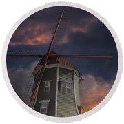 Dutch Windmill In Lynden Washington State At Sunset Round Beach Towel