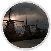 Dutch Windmills In Kinderdjik Round Beach Towel