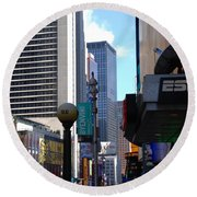 E Food  Taxi  New York City Round Beach Towel