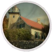 Eagle Bluff Lighthouse Round Beach Towel