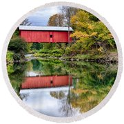 Early Fall Colors Surround A Covered Bridge In Vermont Round Beach Towel