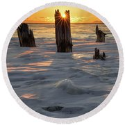 Early March Sleeping Giant Sunrize Round Beach Towel