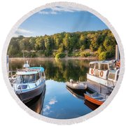 Early Morning Cruises To Doubtfull Sound Round Beach Towel