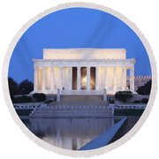 Early Washington Mornings - The Lincoln Memorial Round Beach Towel