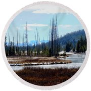 Early Winter On The Yellowstone Round Beach Towel