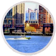 East River Scene Round Beach Towel