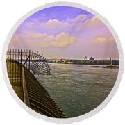 East River View Looking North Round Beach Towel