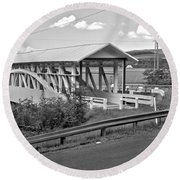 East St. Claire Covered Bridge Black And White Round Beach Towel