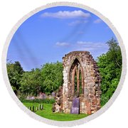 East Window Remains Of Old Church At Ticknall Round Beach Towel