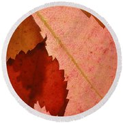 Edgy Leaves Round Beach Towel