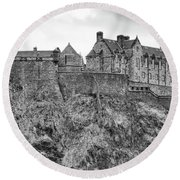 Edinburgh Castle Bw Round Beach Towel