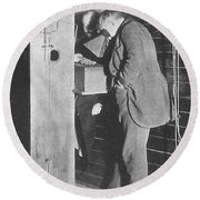 Edison Fluoroscope, 1896 Round Beach Towel by Science Source