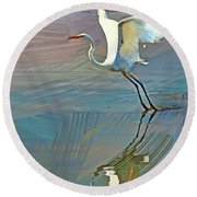 Egret Getting Ready For Take Off Round Beach Towel