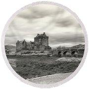 Eilean Donan Castle Bw 1337 Round Beach Towel