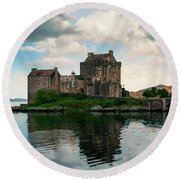 Eilean Donan Castle On A Cloudy Day Round Beach Towel