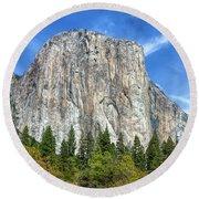 El Capitan In Yosemite National Park Round Beach Towel