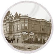 El Carmelo Bakery Lighthouse And Forest Ave. Circa 1890 Round Beach Towel