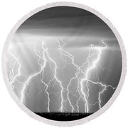 Electric Skies In Black And White Round Beach Towel