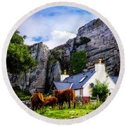 Elgol Cottage, Skye Round Beach Towel