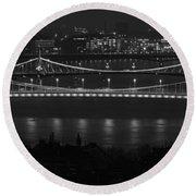 Elizabeth And Liberty Bridges Budapest Bw Round Beach Towel