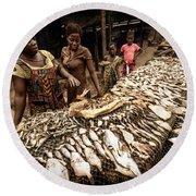 Elmina Fish Sellers Round Beach Towel