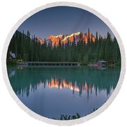 Emerald Lake At Sunrise Hour Round Beach Towel