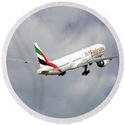 Emirates Boeing 777-36n 5 Round Beach Towel