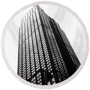 Empire State Building 1950s Bw Round Beach Towel