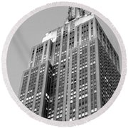 Empire State Building B W Round Beach Towel