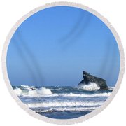 Energizing Waves Round Beach Towel