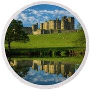 England, Northumberland, Alnwick Castle Round Beach Towel