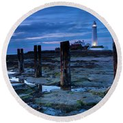 England, Tyne And Wear, St Marys Lighthouse Round Beach Towel