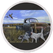 English Setters With Old Truck Round Beach Towel