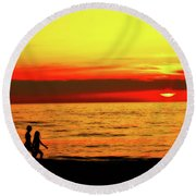 Erie Beach Sunset Round Beach Towel
