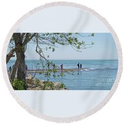 Ever-changing Pelee Round Beach Towel